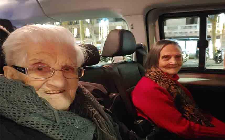 Caravana Solidaria de Élite Taxi Social Barcelona